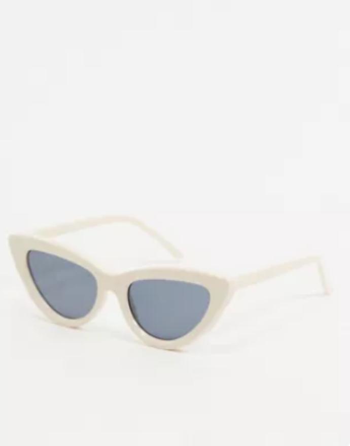λευκά γυαλιά ηλίου σε σχήμα cat eye
