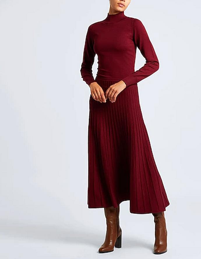 πλεκτό πλισέ φόρεμα