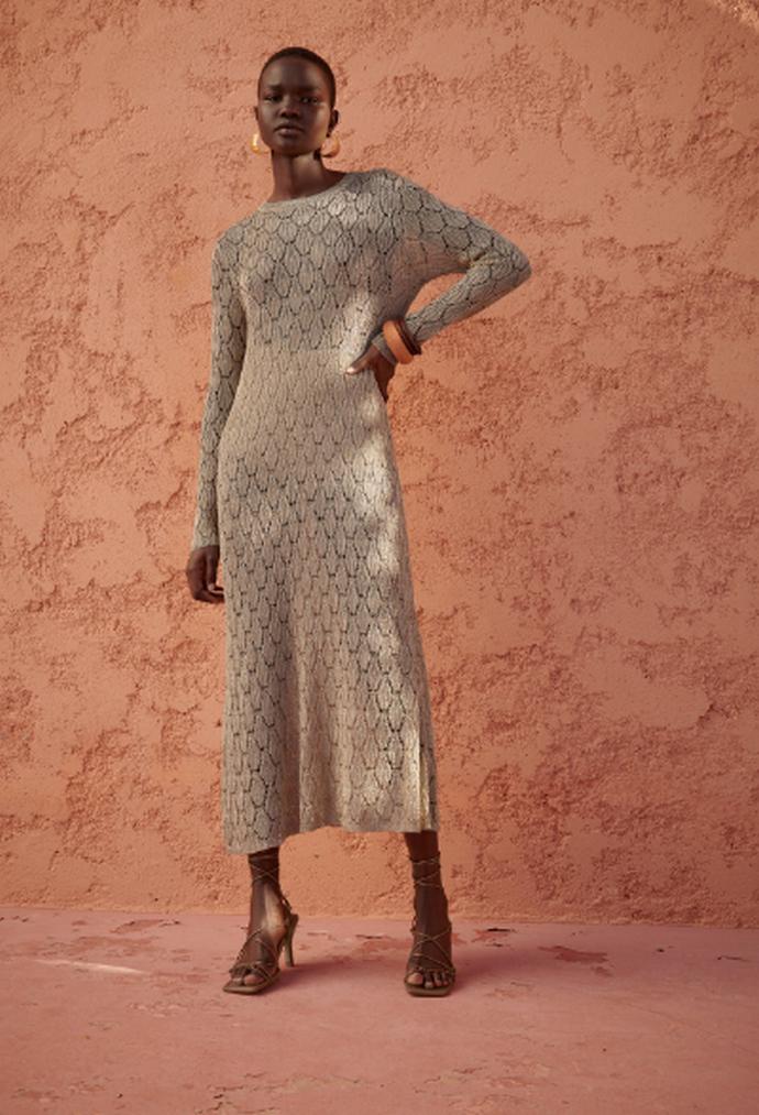 πλεκτό φόρεμα με μακρύ μανίκι