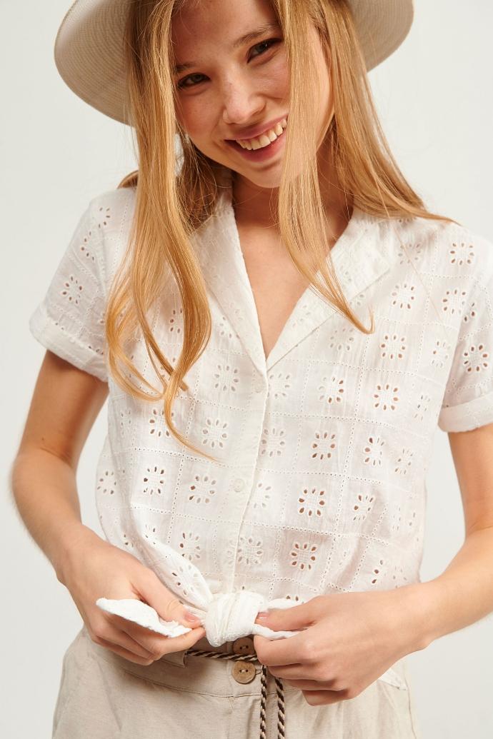 πουκάμισο broderie με κόμπο