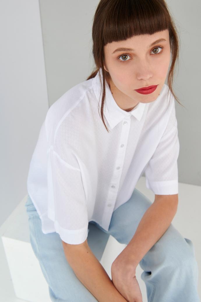 λευκό cropped πουκάμισο