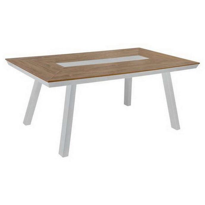 ξύλινα τραπέζια