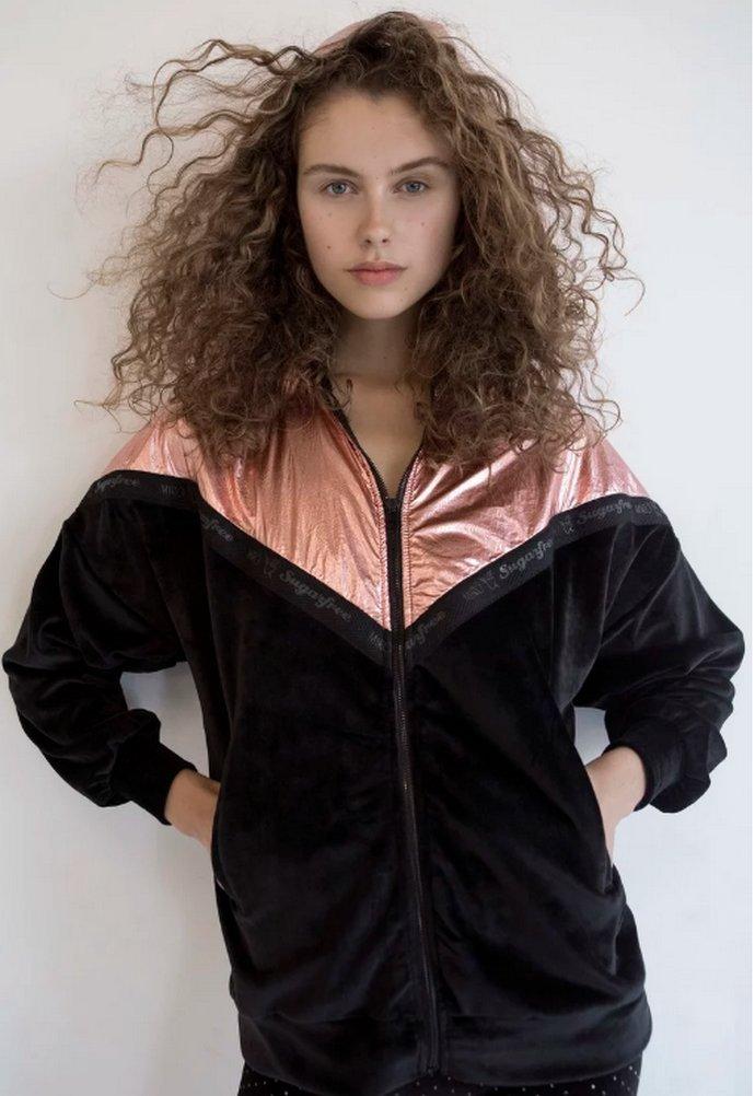 βελούδινο jacket