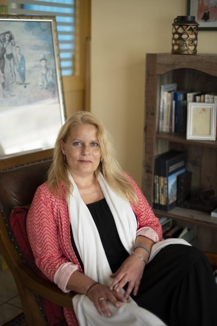 Κατερίνα Μαλίχιν: «Πρέπει να μην μεγαλώνουμε κακοποιητές, βιαστές και επίσης παιδιά που δεν μπορούν να μας μιλήσουν εγκαίρως»