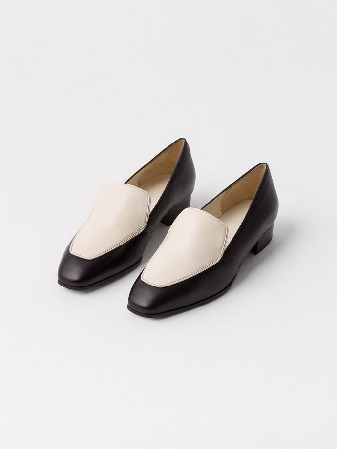 δίχρωμα leather loafers