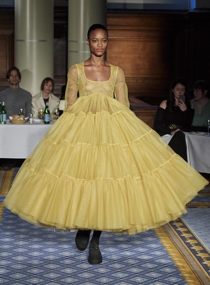 Τα 8 παραμυθένια φορέματα της Molly Goddard