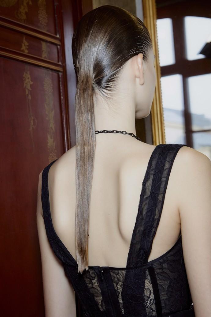 wet ponytail