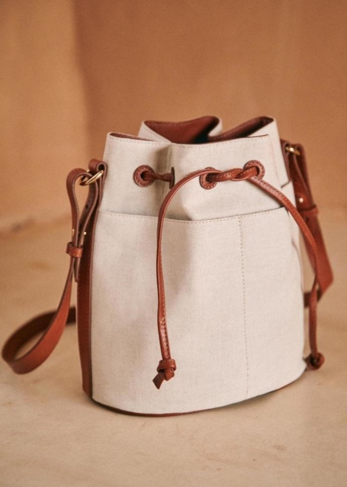 bucket bag από λινό ύφασμα και δέρμα