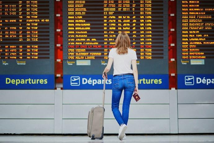 Κορονοϊός: Τα 6 πιο βρώμικα σημεία στο αεροδρόμιο και στο αεροπλάνο που πρέπει να προσέξεις