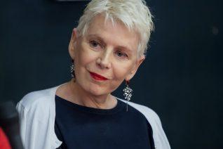 Έλενα Ακρίτα: Οι γυναίκες μετά τα 50 και η Παπαθωμά που ζει στο '50