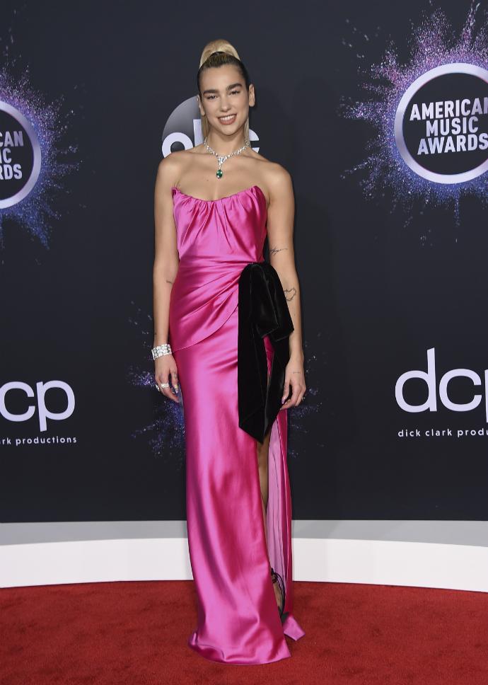 H Dua Lipa στα American Music Awards 2019