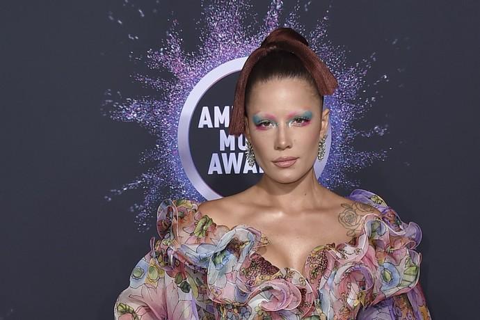 Η Halsey στα AMAs 2019