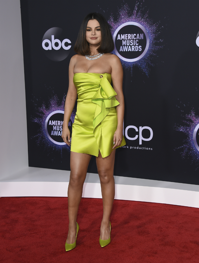 H Selena Gomez στα American Music Awards 2019