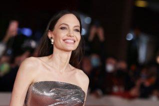 Angelina Jolie: Το Twitter απολύει τον κομμωτή της (και με το δίκιο του)