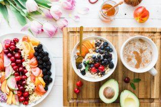 Δυνατό ανοσοποιητικό: Oι βιταμίνες και οι τροφές που βοηθούν