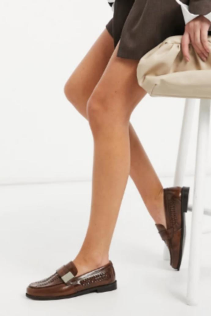 δερμάτινα loafers με αγκράφα