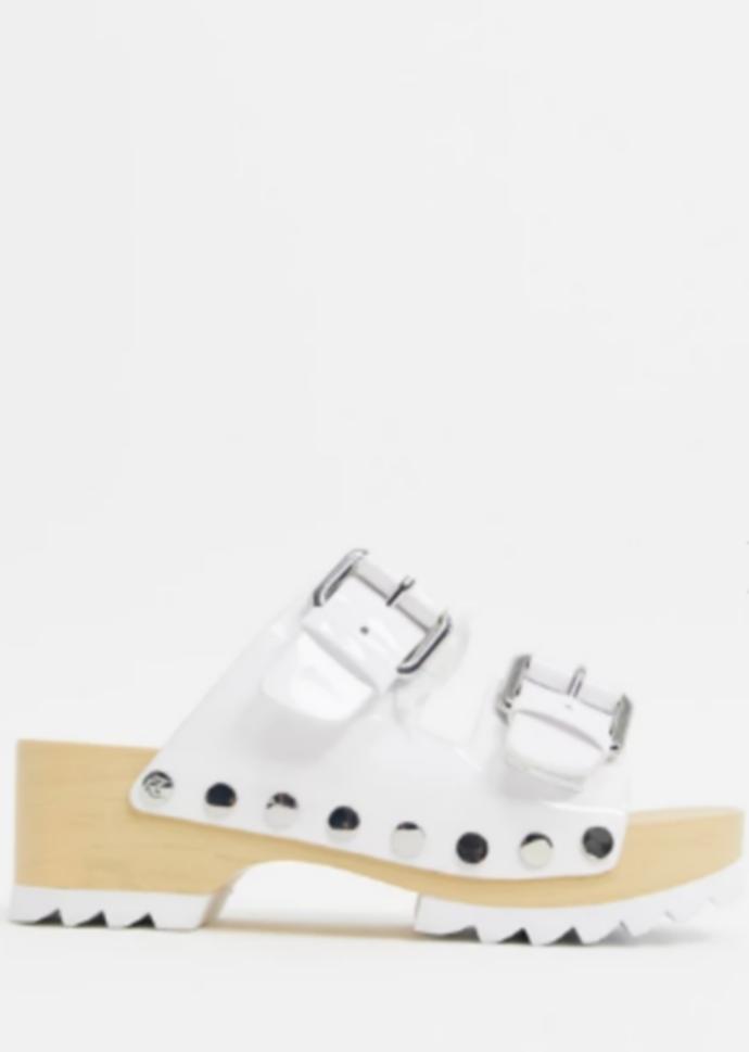 λευκά clogs με τρουκς