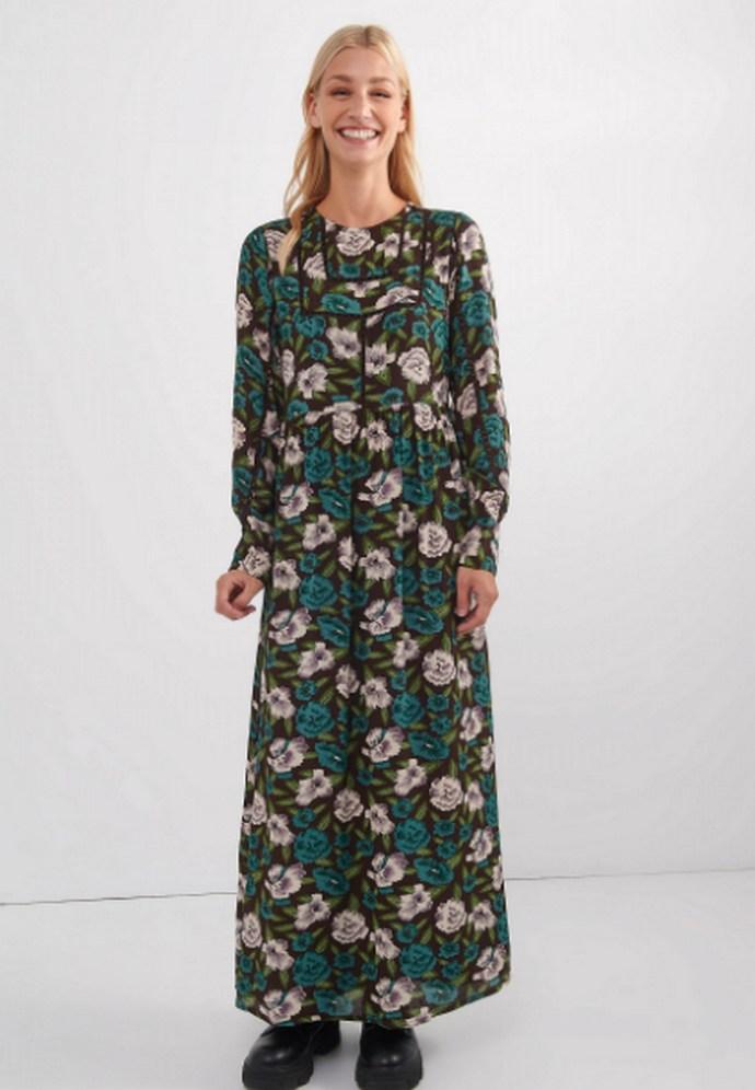 Φόρεμα μάξι και μακρυμάνικο σε συνδυασμό χρωμάτων