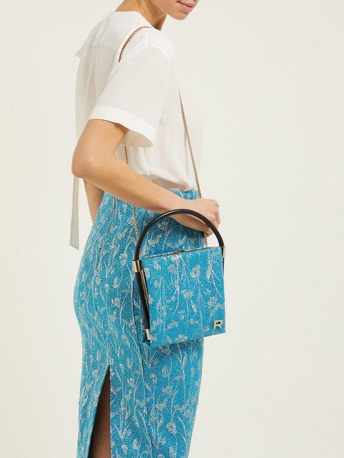 Clutch bag με print