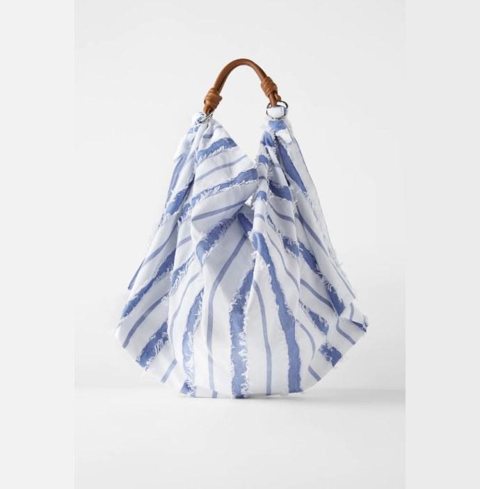 Τσάντα ώμου με μαντήλι