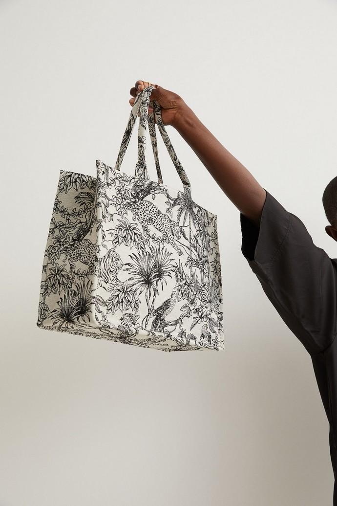 Τσάντα με ύφανση ζακάρ