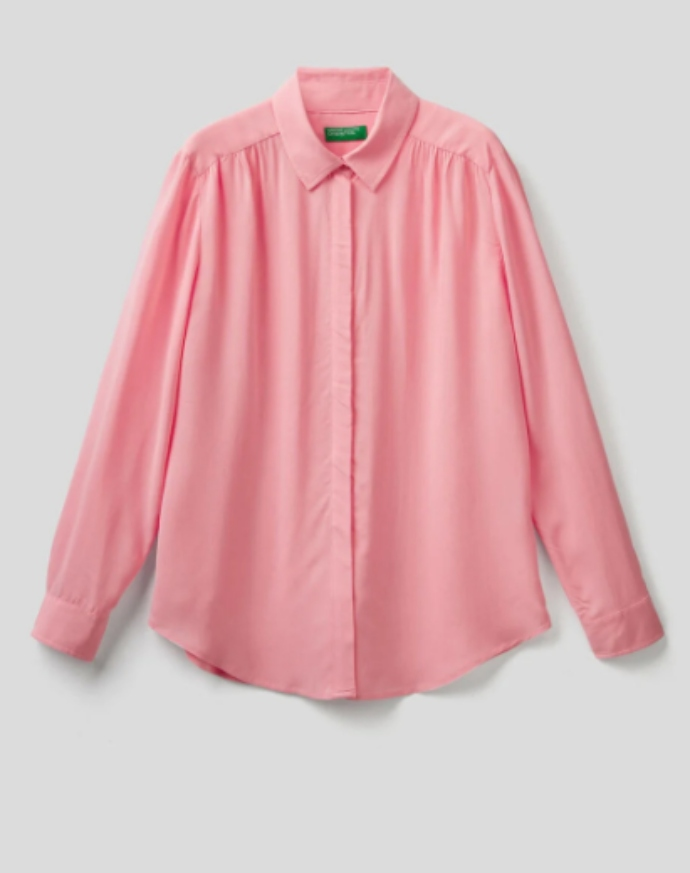 πουκάμισο σε ροζ χρώμα