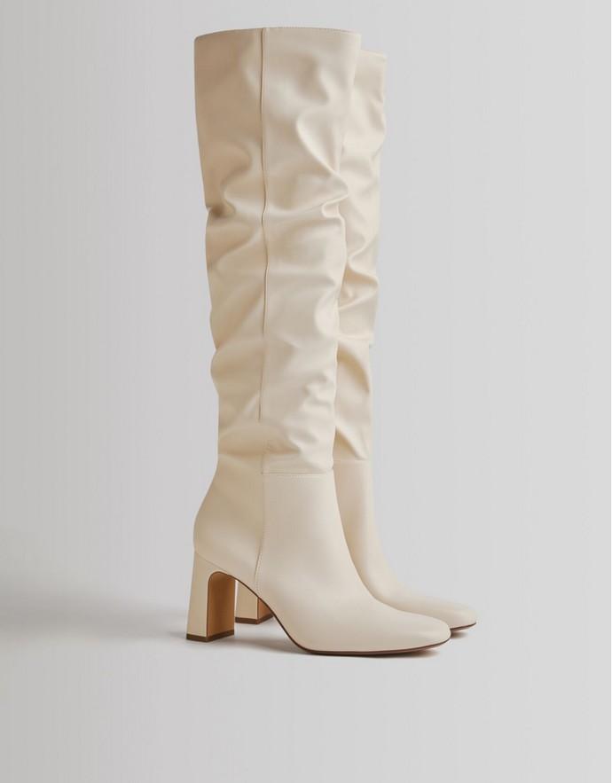 Ντραπέ μπότες με τακούνι