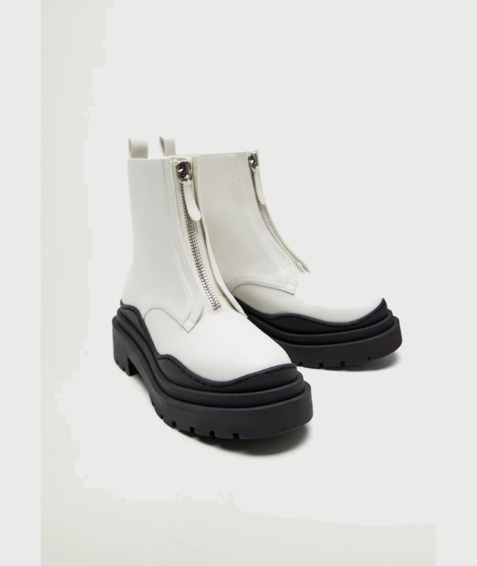 Chunky boots με παχιά σόλα