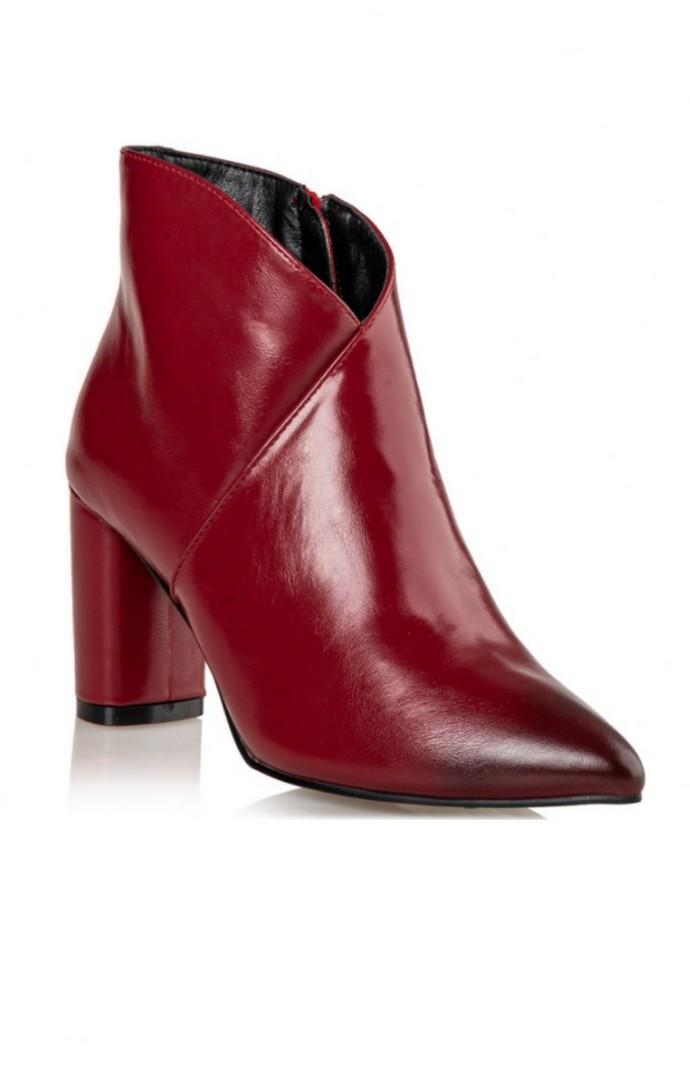 Mποτάκια με block heel