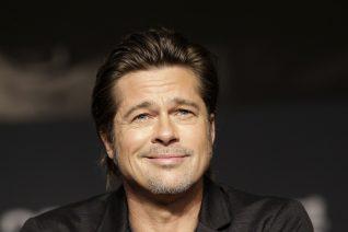 Ο Brad Pitt πήγε στον οδοντίατρο και έφυγε με αναπηρικό αμαξίδιο