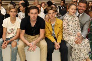 Ο David Beckham και οι γιοι του ποζάρουν χωρίς μπλούζες. Τετραπλό το εγκεφαλικό