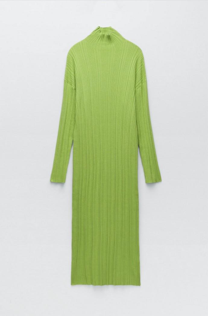 Πλεκτό φόρεμα με ψηλό γιακά