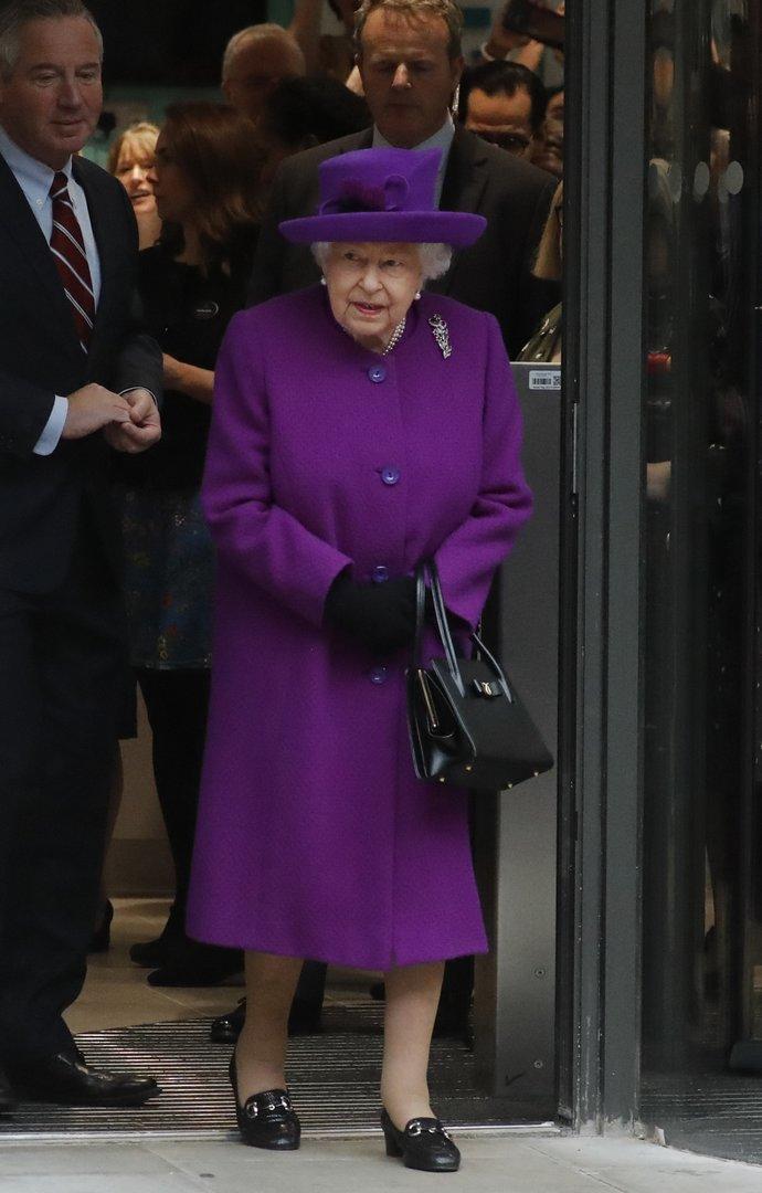 βασίλισσα Ελισάβετ στιλ