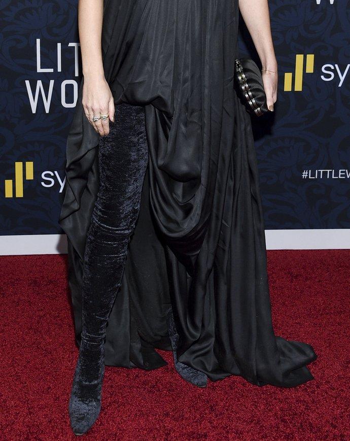 Το στιλιστικό τρικ της Emma Watson για να φορέσεις τις μπότες