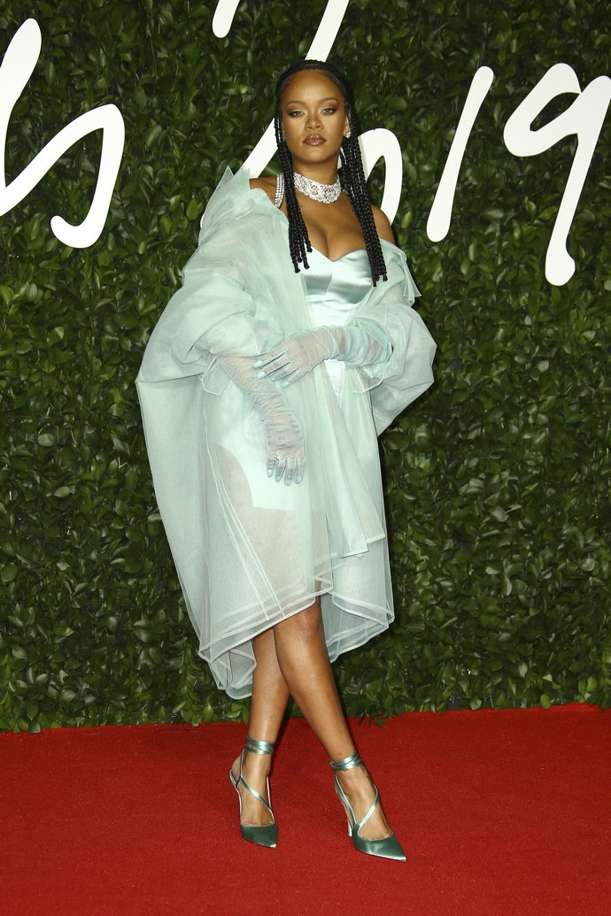 H Rihanna στα British Fashion Awards 2019