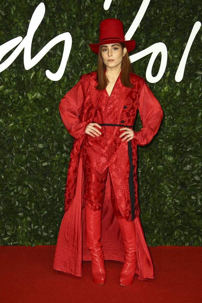 H Noomi Rapace στα British Fashion Awards