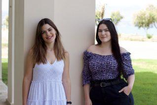 Φίλες του Λόγου: Δύο νεαρές φιλόλογοι σε μαθαίνουν να μιλάς σωστά Ελληνικά μέσω Instagram