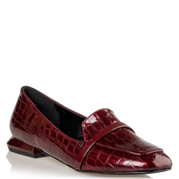 Loafers με faux δέρμα κροκό