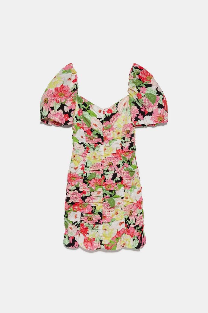 Ruched μίνι φλοράλ φόρεμα με φουσκωτά μανίκια