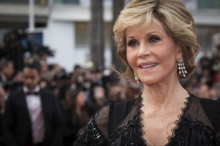Η Jane Fonda απέκτησε TikTok και σου δείχνει τη θρυλική γυμναστική της