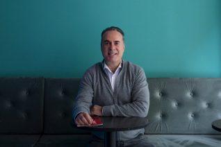 Φώτης Σεργουλόπουλος: «Έπειτα από την καταγγελία της Μπεκατώρου, πότε θα μιλήσουν οι Ελληνίδες ηθοποιοί γι' αυτόν τον τύπο;»