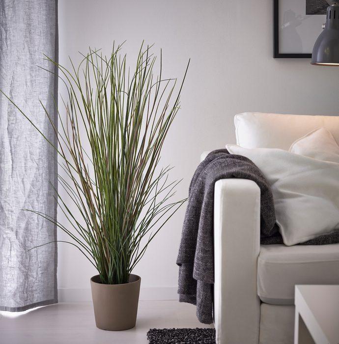 Τεχνητό φυτό σε γλάστρα