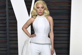 Lady Gaga για Trump: «Είναι ρατσιστής και ηλίθιος»