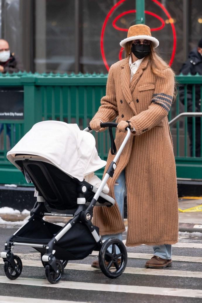 Gigi Hadid stylish μαμάδες