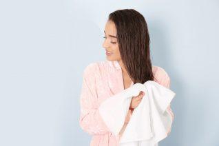 5 πράγματα που δεν πρέπει να κάνεις μετά το λούσιμο
