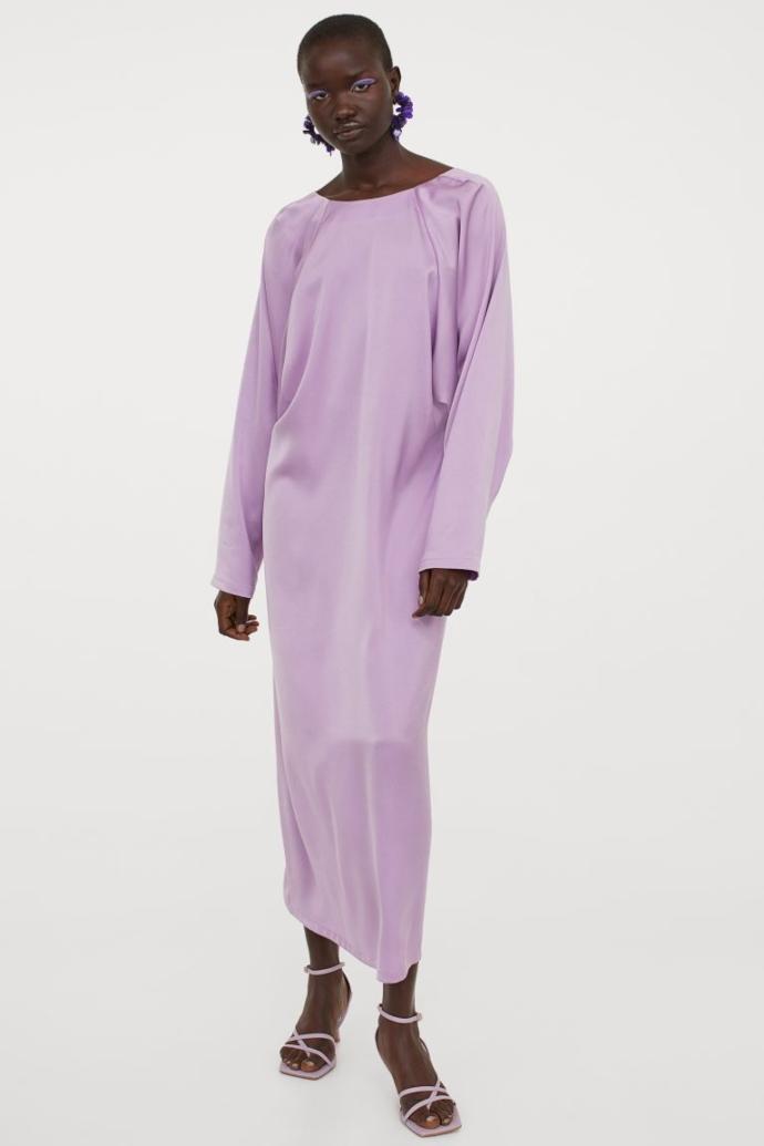μάξι φόρεμα σε χαλαρή γραμμή από ρευστό ύφασμα