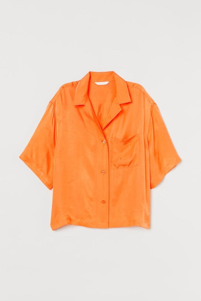 κοντομάνικο πορτοκαλί πουκάμισο σε ριχτή γραμμή