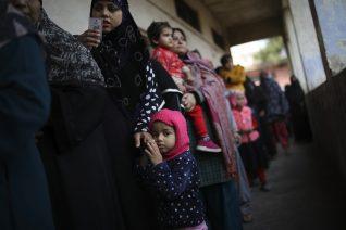 Ινδία, εκεί που οι γυναίκες εξαναγκάστηκαν να βγάλουν το εσώρουχό τους για να αποδείξουν πως δεν έχουν περίοδο