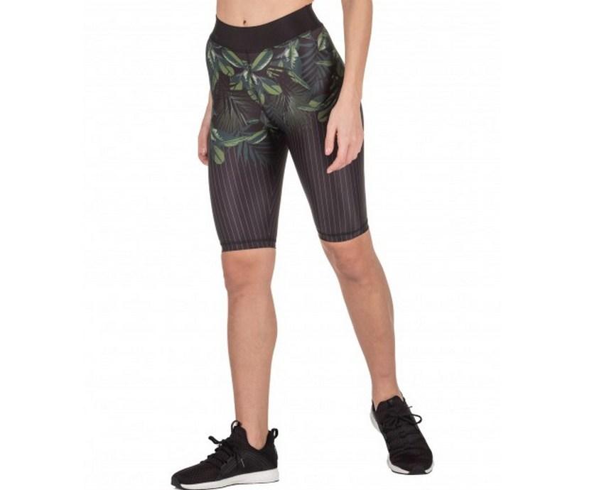 biker shorts σπίτι