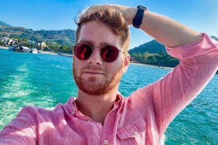 James Καφετζής: Η πανέμορφη σύντροφός του, πρωταγωνίστρια σε ταξιδιωτικό του video στο YouTube